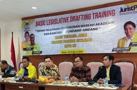 Tingkatkan Kompetensi, TA FPG Gelar Legislatif Drafting