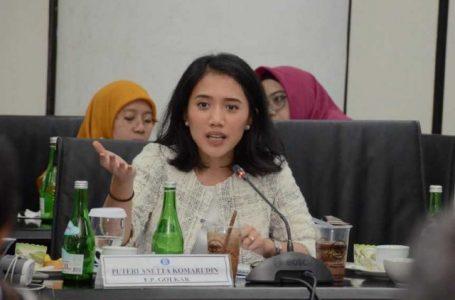 DPR Dorong Sinergi Kebijakan Fiskal dan Moneter Demi Stabilitas Nilai Tukar Rupiah