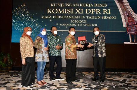 Dukung Pertumbuhan UMKM, Muhidin M. Said Mendorong Peningkatan KUR di Luar Jawa