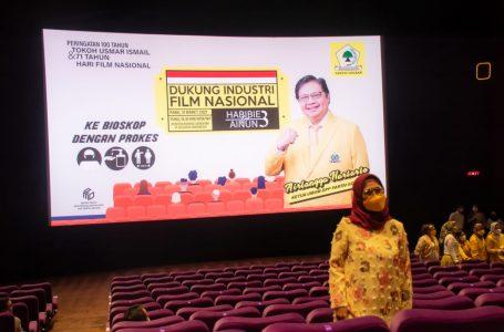 Gelar Nobar Habibie-Ainun 3, Airlangga Harap  Industri Film Nasional Segera Pulih