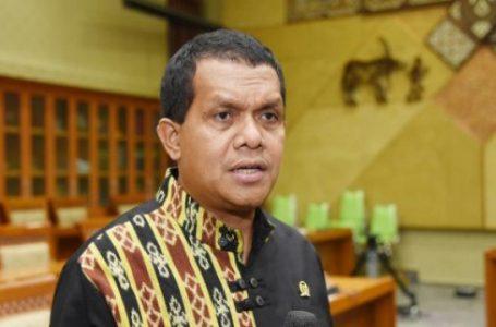 DPR Sesalkan Aksi Penganiayaan Perawat di Palembang