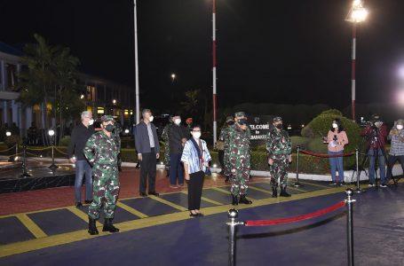 WNI Tiba di Bandara Halim dengan Selamat Tadi Pagi dari Kabul, Golkar Apresiasi Proses Evakuasi